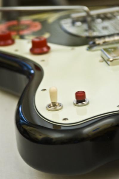 Creston Electric Instruments | GUITARS